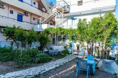 1_Dimitras-House-27