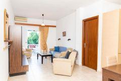 Dimitras-House-13-1