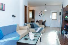 Dimitras-House-20-1