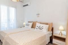 1_Dimitras-Luxus-House-05