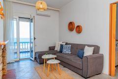 1_Dimitras-Luxus-House-10