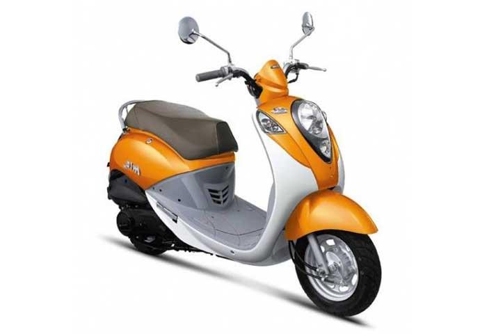 Vespa Mio Orange